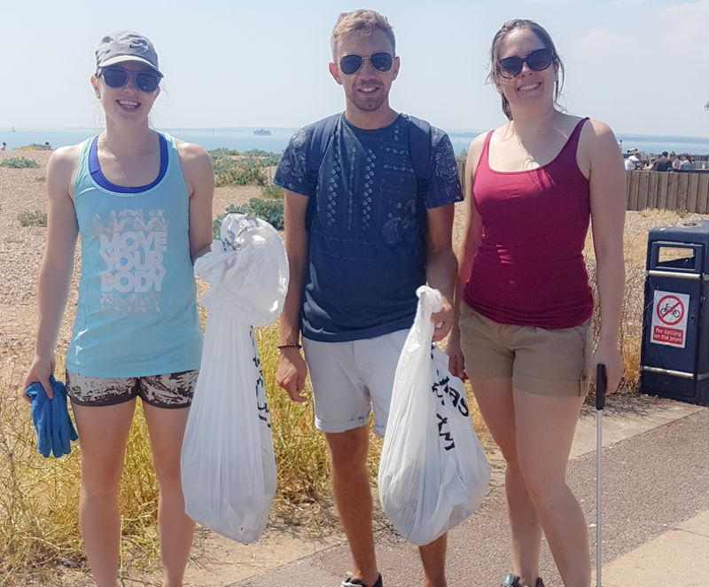 CGL Engineers in Beach Clean at Portsmouth
